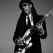 Nile Rodgers & Chic feat. Hailee Steinfeld – Dance With Me